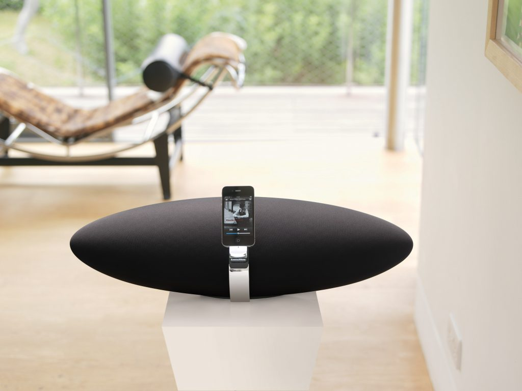 Bowers & Wilkins Zeppelin Air with iPhone Docked Lounge