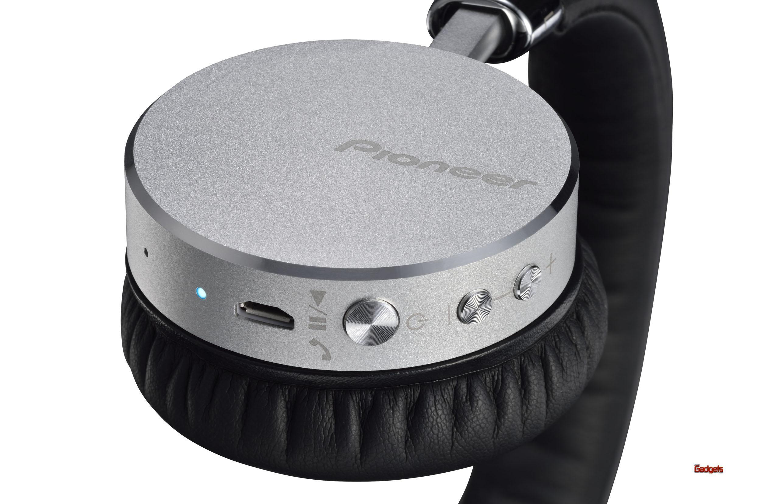 Pioneer-Audifonos-Bluetooth-SE-MJ561BT-04