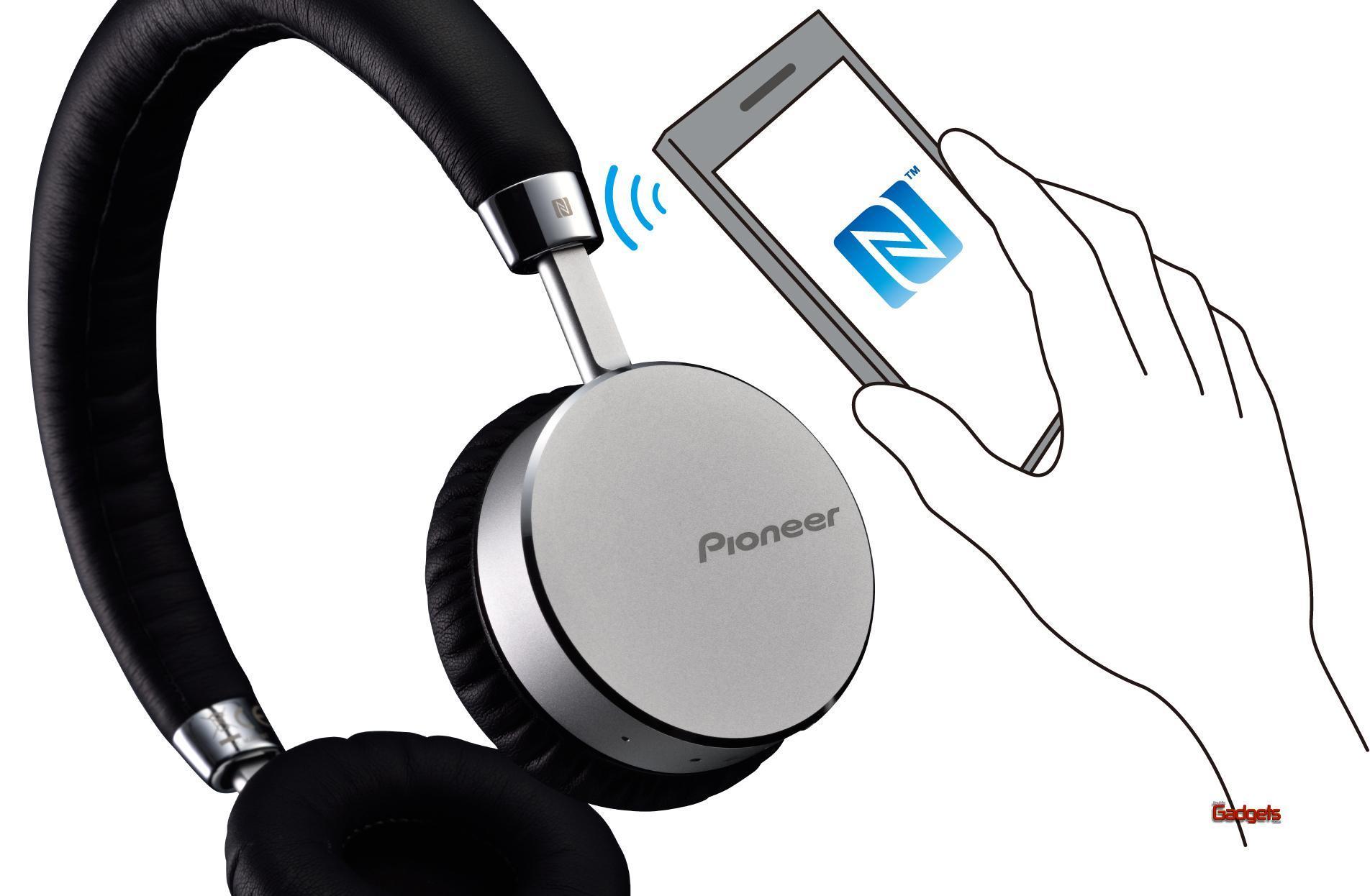 Pioneer-Audifonos-Bluetooth-SE-MJ561BT-05
